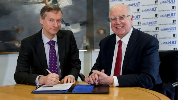 Photo: Sir Alan Langlands, Vice-Chancellor of the University of Leeds, and Paul Campion, Chief Executive Officer of TSC, signing the agreement.